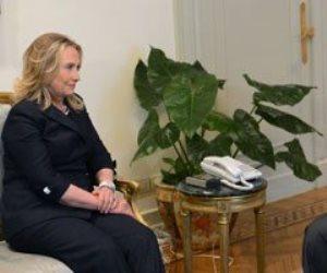 انكشف المستور.. «ترامب» يكشف تفاصيل مؤامرة هيلاري كلينتون مع «مرسي» لتفكيك وزارة الداخلية