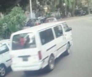 """ننشر أول فيديوهات قادت الشرطة للقبض على المتهمين بقتل """"مريم"""" فتاة المعادى أثناء سرقة حقيبتها بالقوة"""