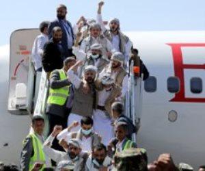 تبادل أسرى بين الحكومة والحوثيين.. ماذا قال رئيس الوزراء اليمني عن الصفقة؟