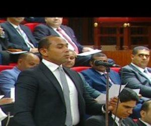النائب محمد أبو غالى يؤدى اليمين الدستورية فى الجلسة الافتتاحية لمجلس الشيوخ