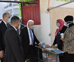 جولة لوزير التعليم لتفقد سير العملية التعليمية في القاهرة (صور)