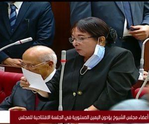 أبو شقة وسميرة عبدالعزيز يؤديان اليمين الدستورية بجلسة مجلس الشيوخ