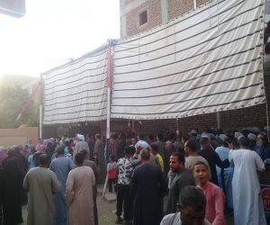 صور.. إقبال كثيف على التصويت بانتخابات النواب فى الزينية والعشى بالأقصر