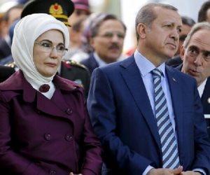 دولة الست أمينة.. ارتبطت بعلاقات سياسية غريبة بدوائر عسكرية ومخابراتية لدعم زوجها أردوغان