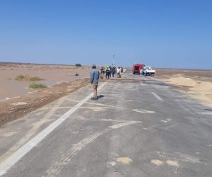 المرور يعيد فتح طريق راس غارب - الزعفرانة بعد تحسن الرؤية