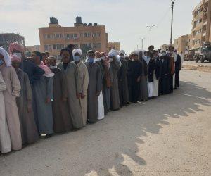 مشهد مشرف: طوابير أمام لجان الانتخابات في شمال سيناء.. والمحافظة لم تتلق شكاوى (صور)