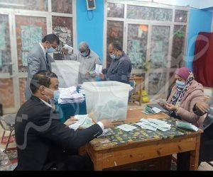 عمرو أديب عبر «الحكاية»: تأخر مرتضى منصور في ميت غمر بعد فرز 25% من الصناديق