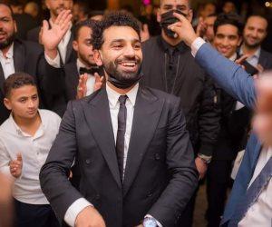 محمد صلاح يرقص فى زفاف شقيقه على طريقة ديسباسيتو فى حضور تريزيجيه.. صور