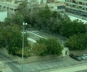 تفاصيل حادث مقبرة غير المسلمين في جدة: إصابة أحد موظفي القنصلية اليونانية ورجل أمن سعودي (فيديو)