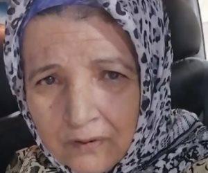 عرض المتهم بإهانة والدته المسنة وإجبارها على زحف السلم على نيابة الشرقية