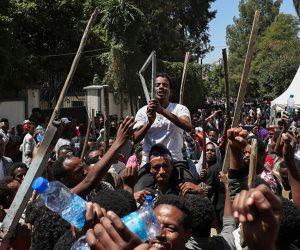 الوضع كارثي هناك.. أديس أبابا تجمد الحسابات المصرفية لنحو 34 مؤسسة تابعة للتيجراي