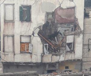 بسبب الطقس السيء.. مصرع شاب وإصابة 4 آخرين في انهيار عقار بمنطقة كرموز بالإسكندرية