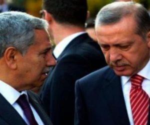 لماذا الآن؟.. أحد مستشاري أردوغان يقدم استقالته