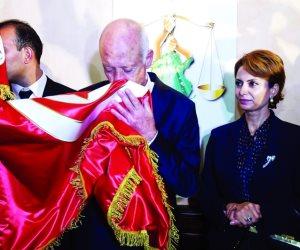بقرار غير مفهوم..القضاء الأعلي التونسي ينقل القاضية إشراف شبيل زوجة الرئيس قيس سعيد لمركز إداري