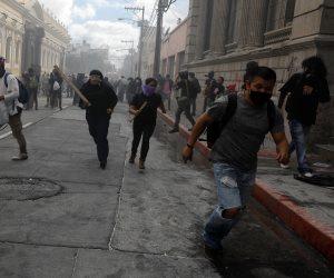 كورونا لم يعيق قطار الاضطرابات في أمريكا الجنوبية.. الاحتجاجات تضرب جواتيمالا والمكسيك تفرض قيود على مبيعات الكحول