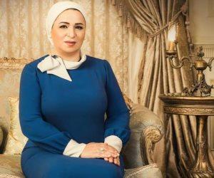 السيدة انتصار السيسي: «ببكي لما يحصل حاجة جامدة في البلد.. وأمهات الشهداء أبطال»