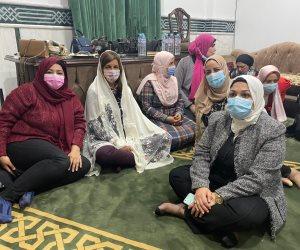 بالحجاب.. وزيرة الهجرة تفتتح مسجد الرحمة برأس البر (صور)