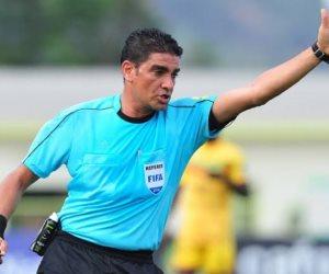 إبراهيم نور الدين حكما رابعا فى مباراة الزمالك والأهلى بنهائى أفريقيا