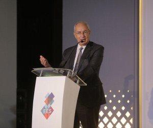 قمة مصر الاقتصادية.. رئيس الهيئة الاقتصادية لقناة السويس: 18 مليار دولار حجم استثمارات المنطقة حتى العام الحالي