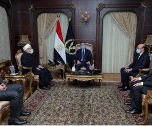 وزير الداخلية يستقبل مفتي الديار المصرية