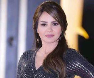 """الفنانة دينا فؤاد تهنئ الأهلي بالفوز بـ""""كأس مصر"""""""