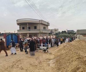"""طوابير أمام لجان سيناء في """"إعادة النواب"""".. عودة بدويات لارتداء البراقع للإدلاء بأصواتهن"""