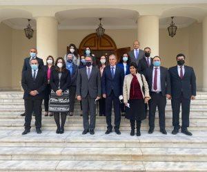 وزير السياحة والآثار يلقي محاضرة بوزارة الخارجية حول «حركة السياحة»