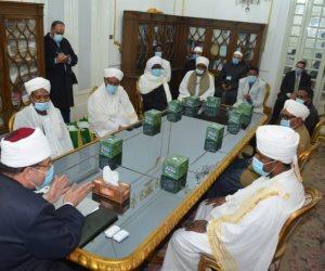 مختار جمعة يكرم الأئمة السودانيين المتدربين بأكاديمية الأوقاف (صور)