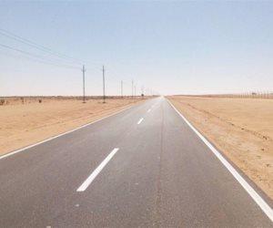 المرور تعيد فتح طريق السويس الصحراوي عقب انقشاع الشبورة المائية