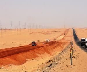 طريق الصحراوي الغربي بأسوان.. ملحمة شق المرتفعات الجبلية