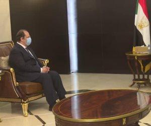 رئيس المخابرات العامة يبحث ملفات التعاون الثنائي مع القيادات السودانية في مختلف المجالات