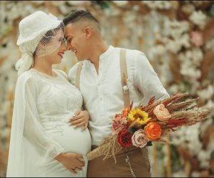 """حقيقة صورة زفاف """"العروس الحامل"""" بعد الجدل على مواقع التواصل"""