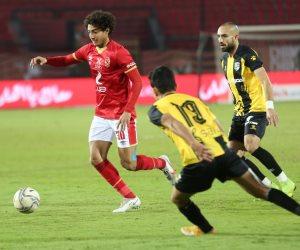 الأهلي يحول تأخره بهدفين أمام المقاولون العرب للفوز 3 -2