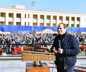 الرئيس السيسى لطلاب أكاديمية الشرطة: وزارة الداخلية تقوم بمهمة مقدسة