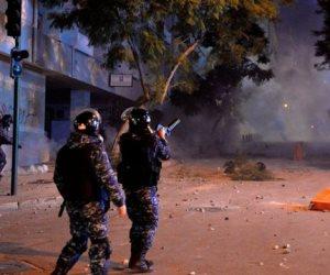قنابل مُسيلة للدموع واشتباكات بين المتظاهرين والأمن.. ماذا يحدث في لبنان؟