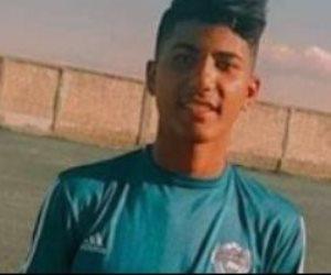 """""""مش هسيب حق ابني"""".. والد «اللاعب المتوفى في الملعب» يتهم النادي بالتقصير (فيديو)"""