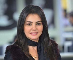 """برنامج """"لايت شو"""" يحتفى بنجاح دينا فؤاد فى مسلسل """"جمال الحريم"""".. فيديو"""