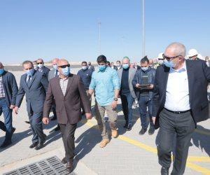 وزير النقل: انتهاء إنشاء وتطوير ميناء السخنة خلال عامين بتكلفة 20 مليار جنيه
