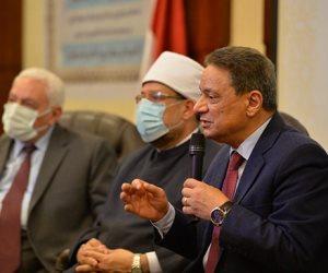 كرم جبر: الرئيس السيسي عاهد الله أن تظل مصر مرفوعة الرأس والجيش طوق النجاة للوطن في كل الأوقات