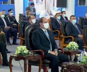"""الرئيس السيسى: """"نقبل المعارضة من أى حد بس بشرط يبقى فاهم هو بيقول إيه"""""""