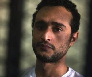 مصدر أمني: المسجون «أحمد دومة» يعاني من حساسية بالأنف وتلقى العلاج اللازم