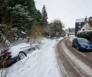 انقطاع الكهرباء في جميع أنحاء لبنان بسبب العاصفة الثلجية