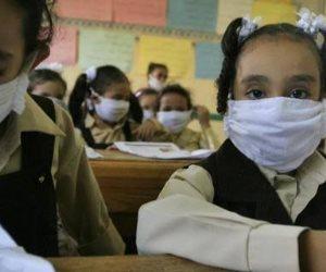 المدارس تتأكد من خلو الطلاب المتقدمين لأداء الامتحانات من أعراض كورونا.. وأسئلة الاختبار موزعة على المواد الأساسية