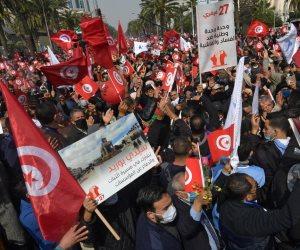 على خطى الإرهابية.. إخوان تونس يستعرضون أنصارهم في الشوارع لإحراج الرئيس