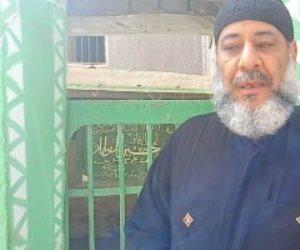 فيها حاجة حلوة.. حكاية مقام الشيخ حسين العطار ترعاه عائلة قساوسة في المنيا (فيديو)