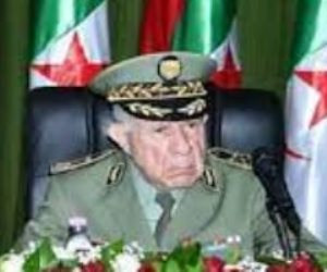 رئيس الأركان الجزائري ينصب أمينا عاما جديدا لوزارة الدفاع