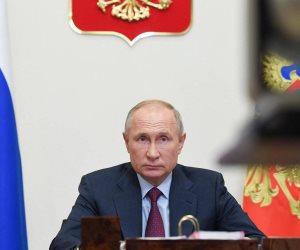 تصاعد التوتر بين واشنطن وموسكو.. «بايدن» يصف بوتين بالقاتل و«بوتين» يرد: أتمنى له الصحة