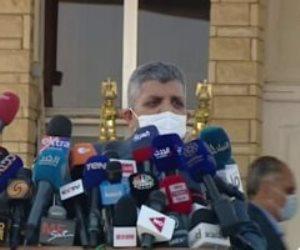 رئيس هيئة قناة السويس يكشف لأول مرة تفاصيل جنوح السفينة العملاقة