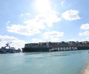 أسامة ربيع: المجرى الملاحى لقناة السويس لم يتعطل ثانية واحدة بعد جنوح السفينة