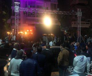 الشرطة تغلق كوفى شوب حسن شاكوش المخالف بعد تحديه القانون وقطعه الطريق العام